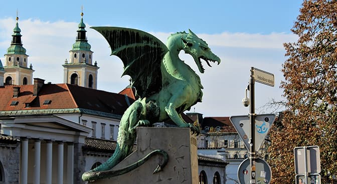 Dragon en cuivre