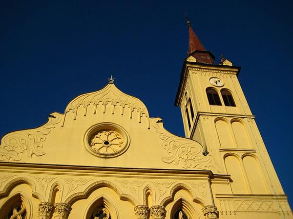 église de saint leonard novo mesto