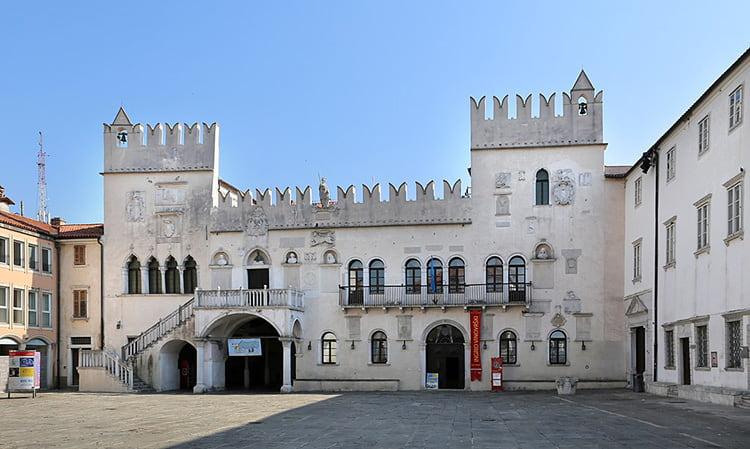 palais prétorien à Koper